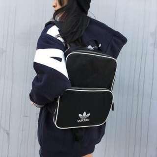 正品Adidas Classic 小後背包 三葉草 CW0624