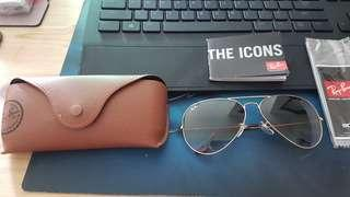 pm for fast deal! Rayban Aviator unused size 62