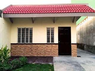 Selling House and Lot in Bacoor, Cavite