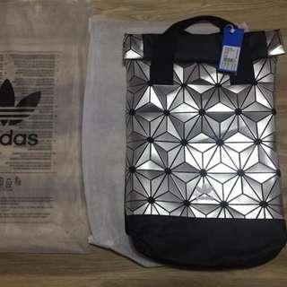 Fashion New Men Women Adidas ssey&Miyake Backpack Bag Beg Bags in Silver