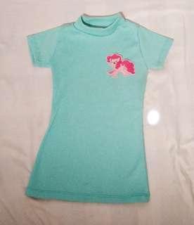 Turtle neck dress pony