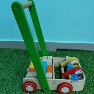 Plan toy bird walker