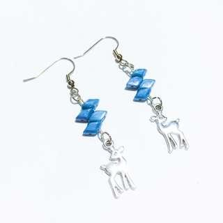 Diamond-shaped Blue Gems Deer Earrings