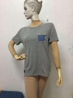 🚚 全新Baxe Control品牌L號灰色短袖棉T