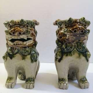 "Vintage Style 6.5"" Japanese Ceramic Foo Dogs Figurines"