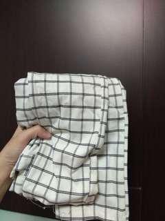 🚚 白色格子長褲