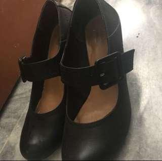 Clarks shoes 5.5UK