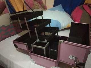 CASE MAKE-UP / TEMPAT MAKE-UP NEGO