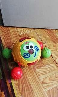 Fisher price toy baby merangkak