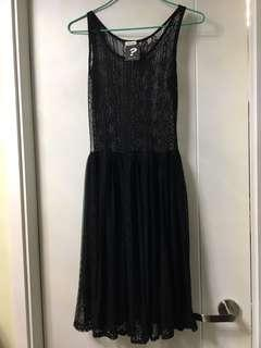 韓國黑色Lace襯裙