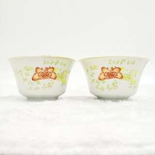 1 Pair Old Hand painted Floral tea cup 民国粉彩花卉杯 (1对)