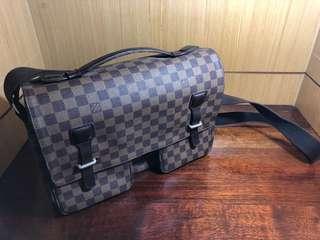 Loui Vuitton Damier Broadway Shoulder Bag