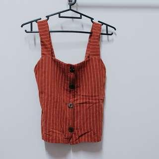 Sleeveless top (reddish brown)