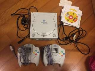 Dreamcast 主機(不能讀碟)、手制、連games
