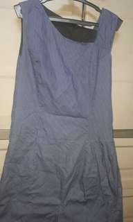 Blue dress folka