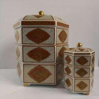 Imari Style Japanese Stacking Porcelain Bento Box - Set of 2