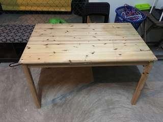 Meja Makan Ikea
