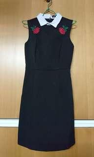 MDS Rose Motif Collared Black Dress