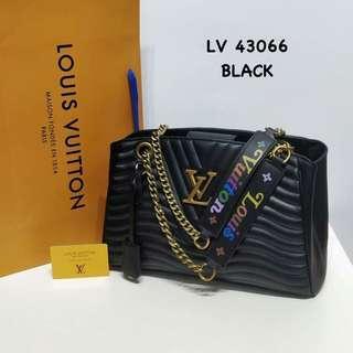 Louis Vuitton New Wave Chain Tote Bag Black