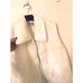 🚚 專櫃品牌 氣質毛料背心 SM小L都可 質感非常舒服 必帶單品 超級實穿單品喔!