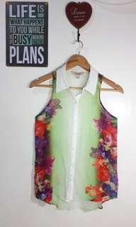 Floral sleevless silk fabric