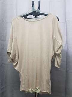 BATWING TOP WITH LACE AND BUTTON ACCENTS
