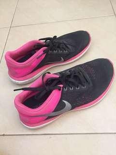 39 > Sneakers Nike Ori