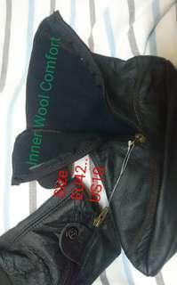 Leather Shocks     Size 10