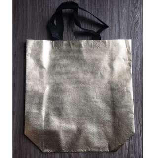 [Instocks] SILVER/GOLD Recycle Shopping Bag 33cm by 26cm by 10cm