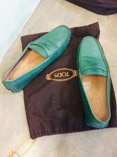 Authentic Tod's MSL 977151 Solid Leather Gommini Moccasins Greens Loafers