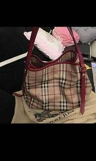48c35ec3600d Burberry Shoulder Bag