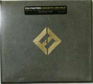 [Music Empire] Foo Fighters - Concrete And Gold CD Album