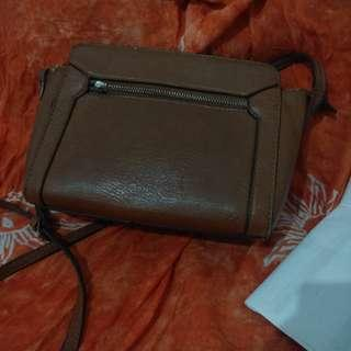 STRADIVARIUS SATCHEL SLING BAG BROWN