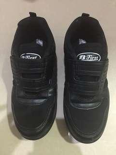 B First School Shoes