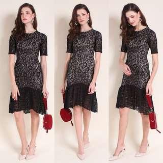MADEBYNM Shayla Sleeved Mermaid Hem Lace Dress (Black)