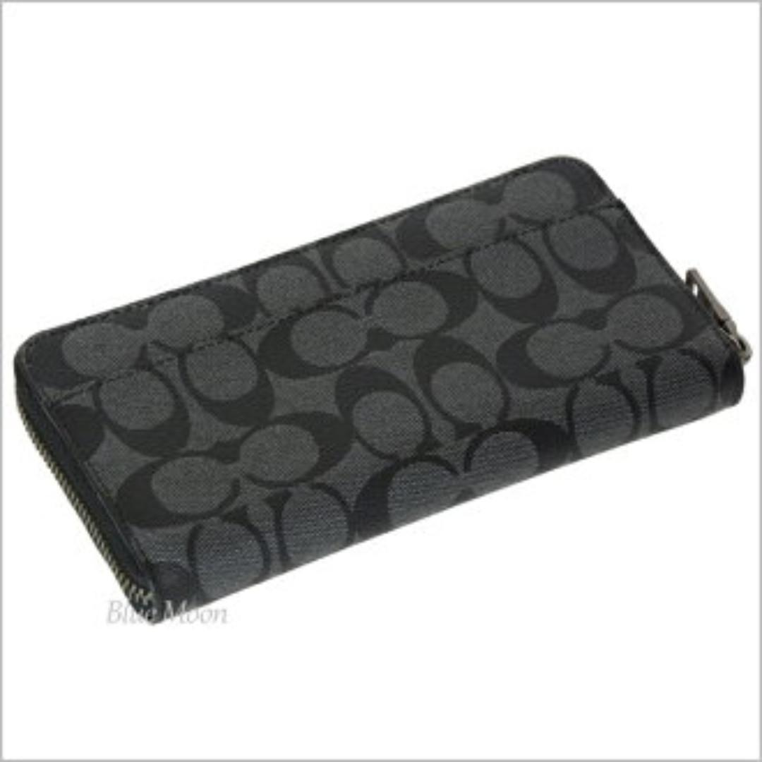 COACH ACCORDION WALLET IN SIGNATURE CANVAS WITH WOLF MOTIF F31520