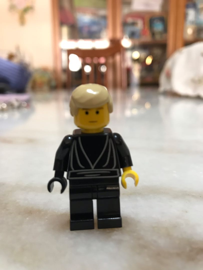 Authentic Lego Star Wars Luke Skywalker From 7201 Toys Games