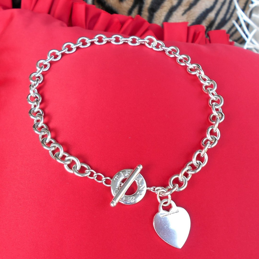 f518f61fb Authentic Tiffany & Co 925 Sterling Silver Heart Toggle Choker ...