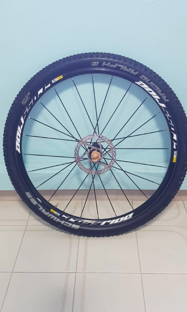 b2287a08dcc BRAND NEW 29 inch Mavic Crossride rim laced with SCHWABLE TYRE ...