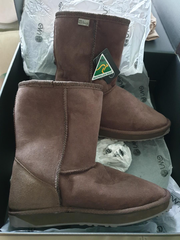 3cb7883587b EMU Australia Sheepskin Boots Platinum Stinger Lo