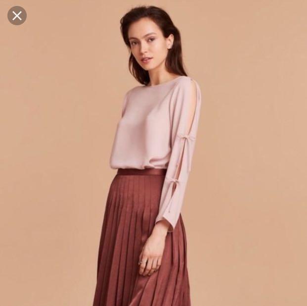 Like new Aritzia Wilfred Pozzi Blouse - size L - Pale pink