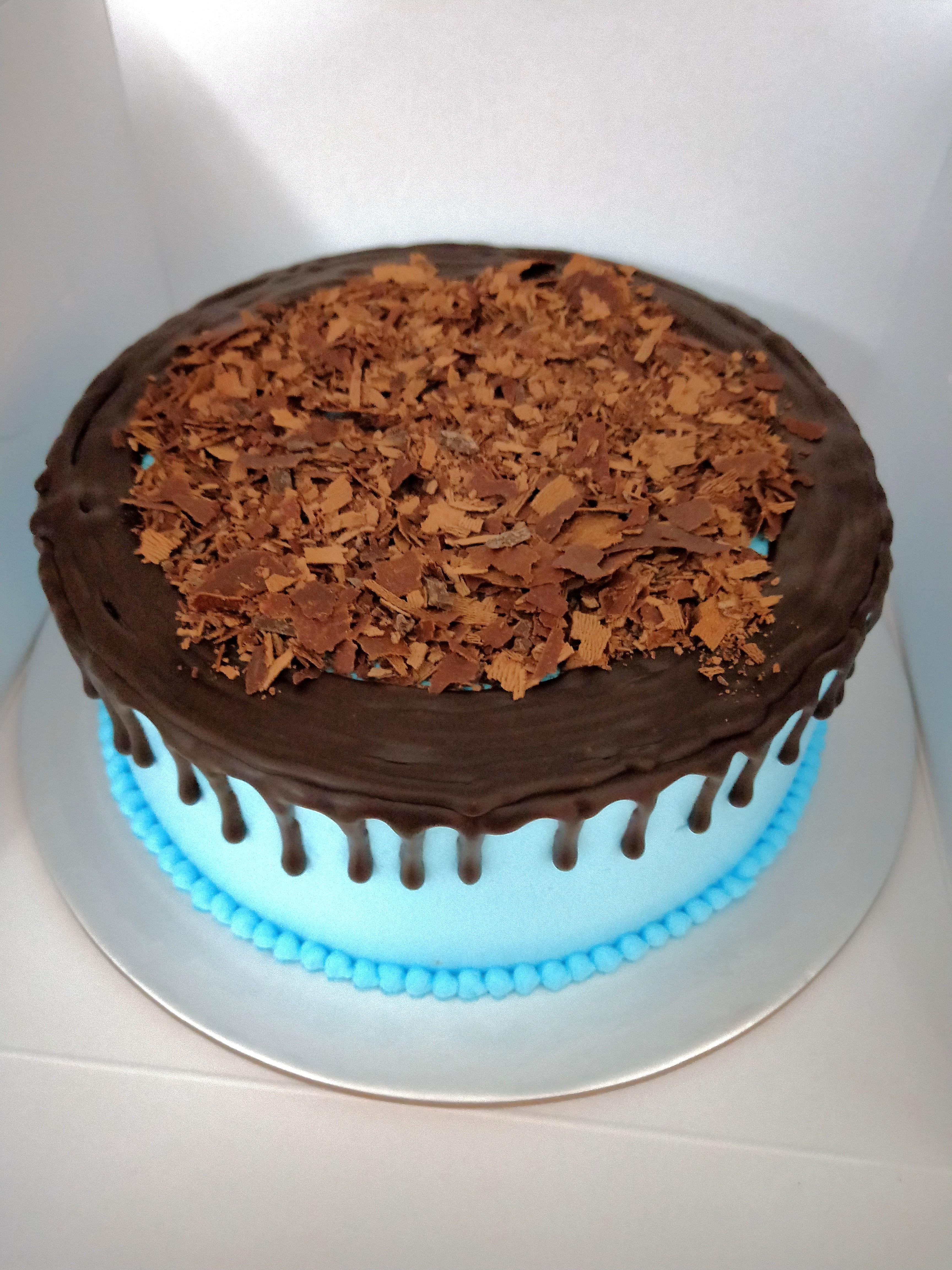 OFFER 7 Basic Birthday Cake Food Drinks Baked Goods On Carousell