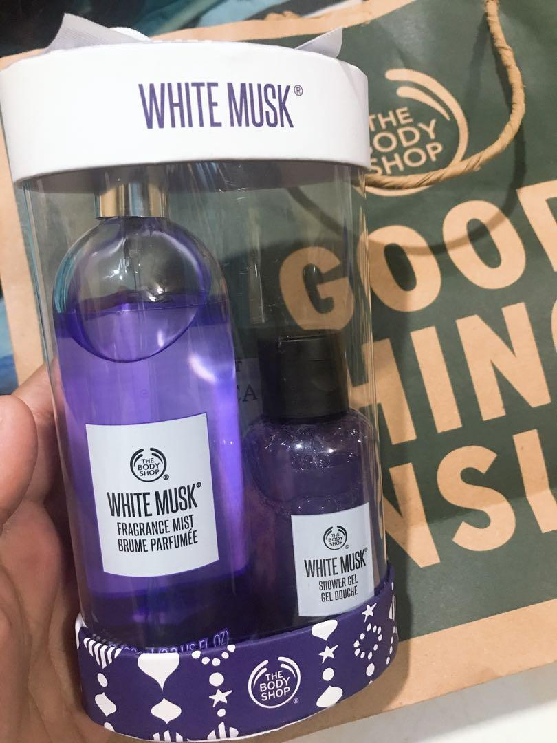 The body shop white musk set