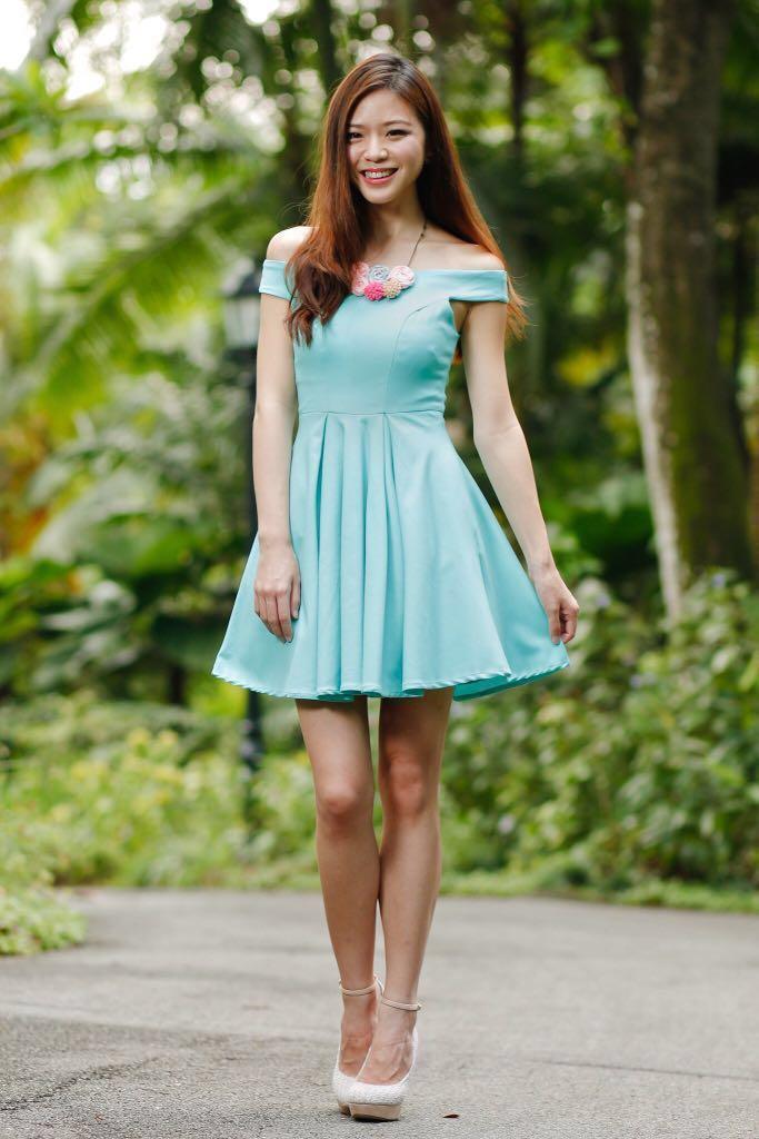 b4f0b6af023a TVD Arianna Off-Shoulder Dress in Tiffany Mint