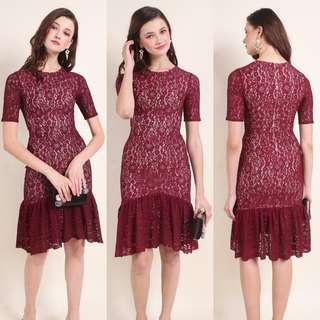 MADEBYNM Shayla Sleeved Mermaid Hem Lace Dress (Scarlet Wine)