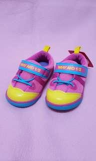 🚚 Why & 1/2童鞋,尺寸21