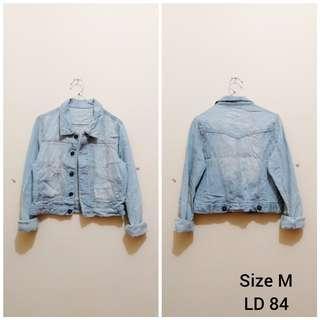 Trucker jaket jeans denim ripped import japan
