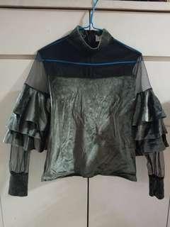 韓國絲絨荷葉衫上衣(3件$80)