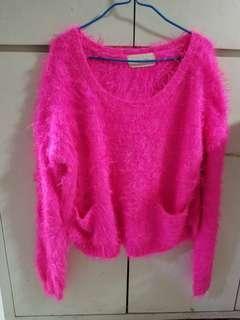 韓國螢光粉紅毛毛上衣(3件80)