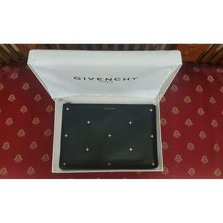 Givenchy Antigona Large Pouch